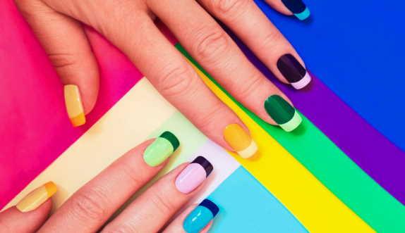 color nail paint